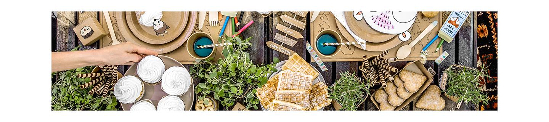 Vaisselle en papier pour évènement champêtre et chic, et goûters d'anniversaire colorés.